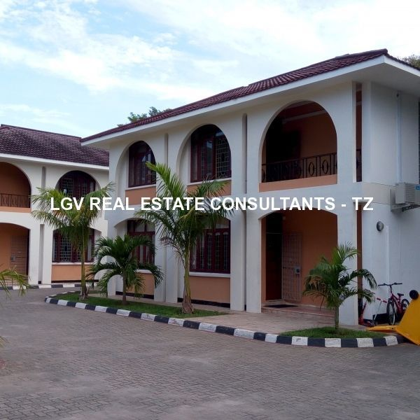 A Beautiful 4 bedrooms villas for rent in Masaki