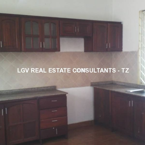3 Bedrooms Standalone House for rent at Sinza, Dar es salaam